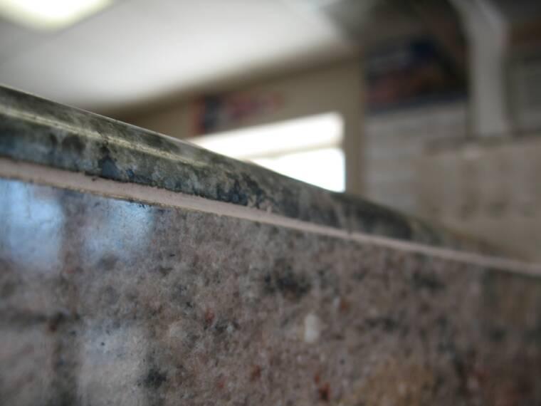 Bullnose trim piece